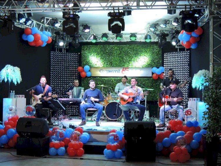 COOPERMIL realizou live em comemoração aos 65 anos