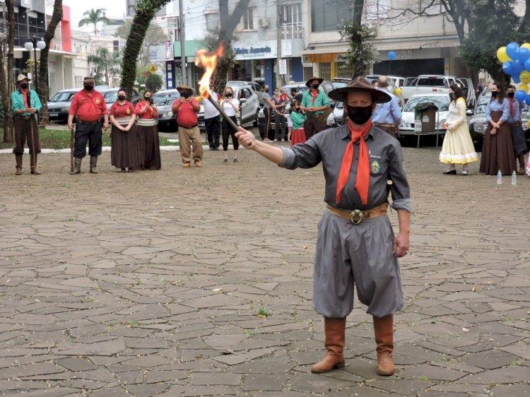 Festejos Farroupilhas 2020: arde a Chama Crioula