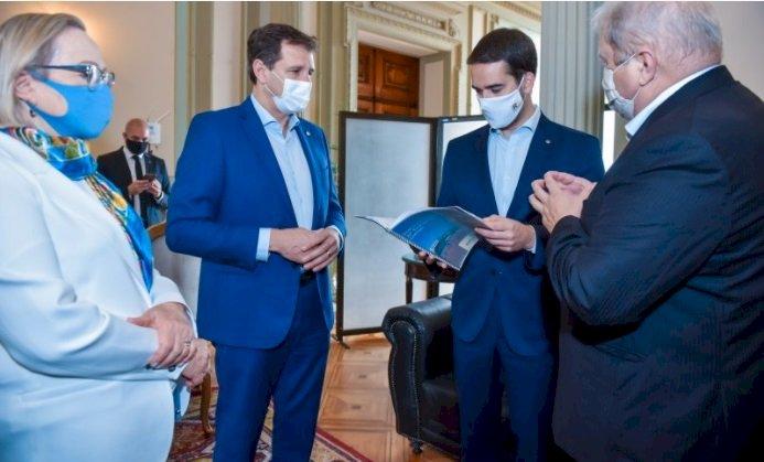 Protocolo sanitário da 22ª Expodireto Cotrijal é entregue ao governo do Estado
